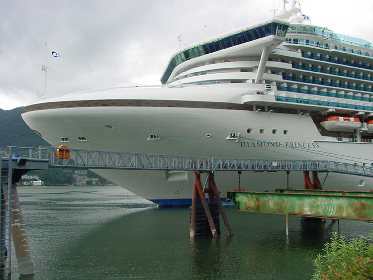 The Bow of Princess Cruises Diamond Princess at the South Franklin Dock.
